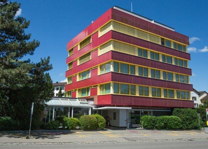 Aussenansicht Hauptgebäude welcome homes, Glattbrugg