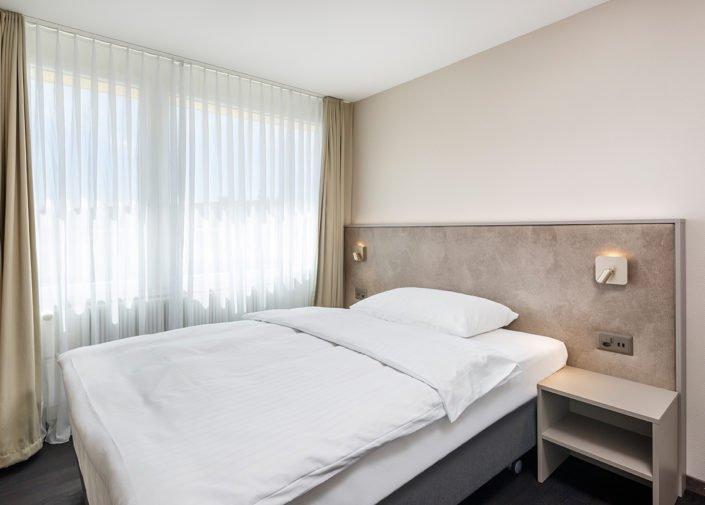 Business Suite Schlafbereich welcome homes, Glattbrugg